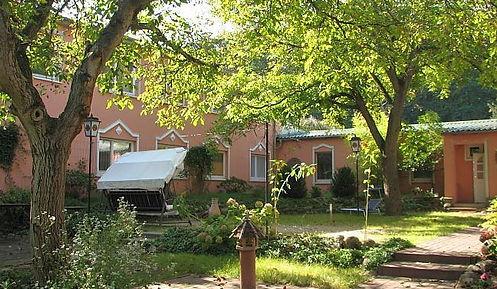 Rosenwaldhof2.jpg