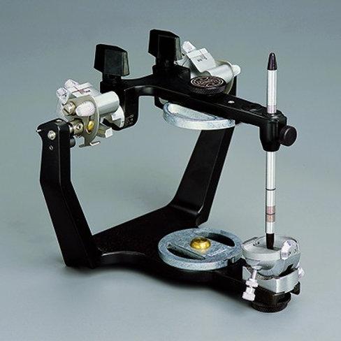 Hanau Modular Articulators with Adjustable Radial Shift # 014503-000