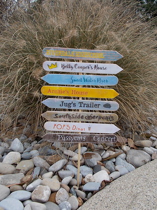 Sweet Water River Sign Post