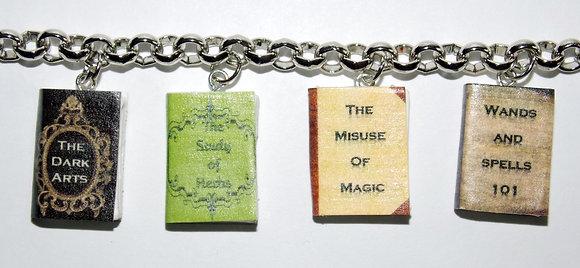 Student Wizard's Textbooks Bracelet