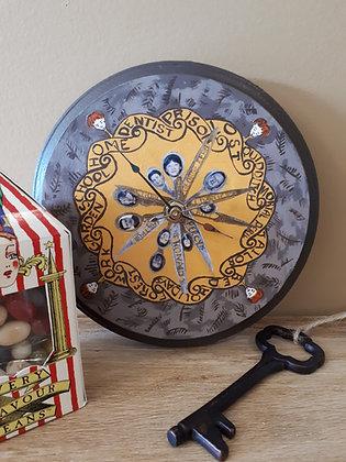 Mini Burrow Clock