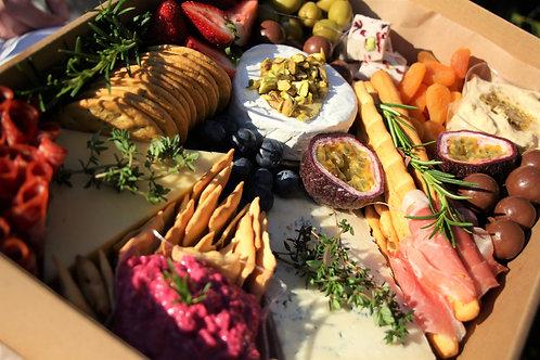 Large Gourmet Grazing Box, incl. wine