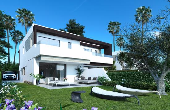 Estepona villa/townhouse €345.000