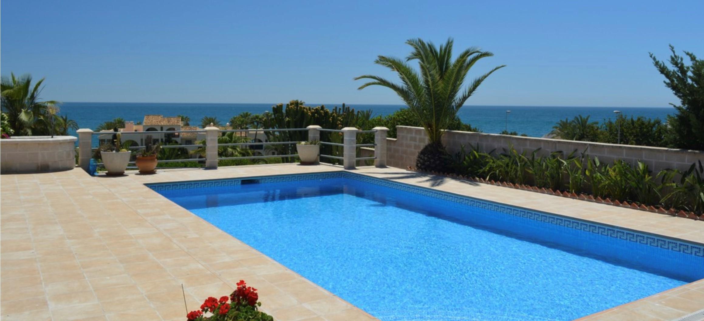 Torrenueva villa €1.100.000