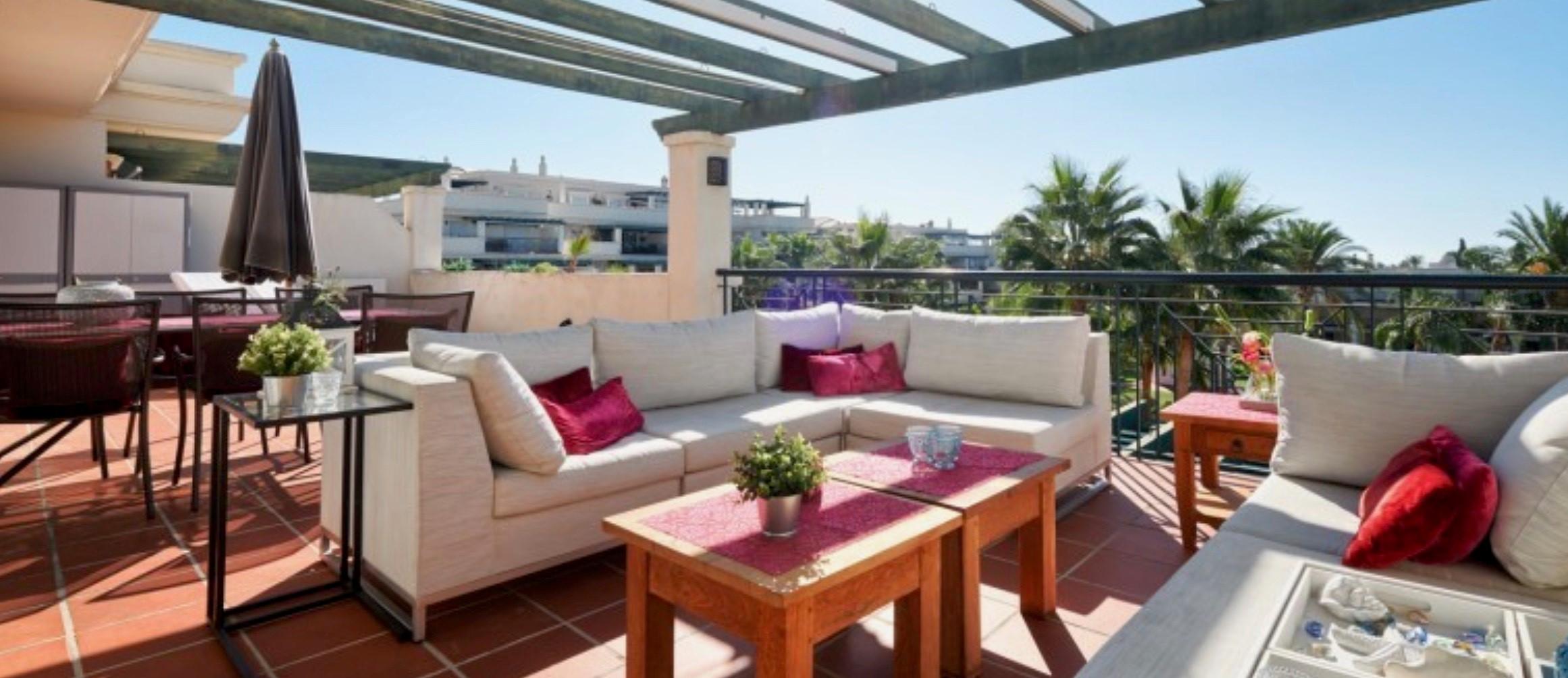Nueva Andalucia penthouse €339.000