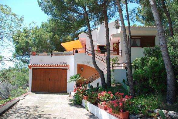Oropesa del Mar villa €295.000