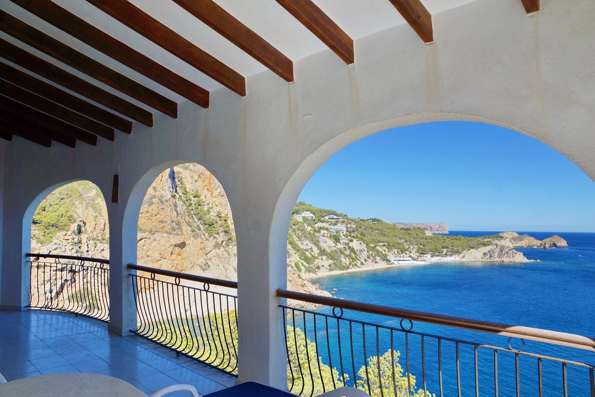 Villa te koop in Javea Alicante Spanje eerste lijn Immomoment 3