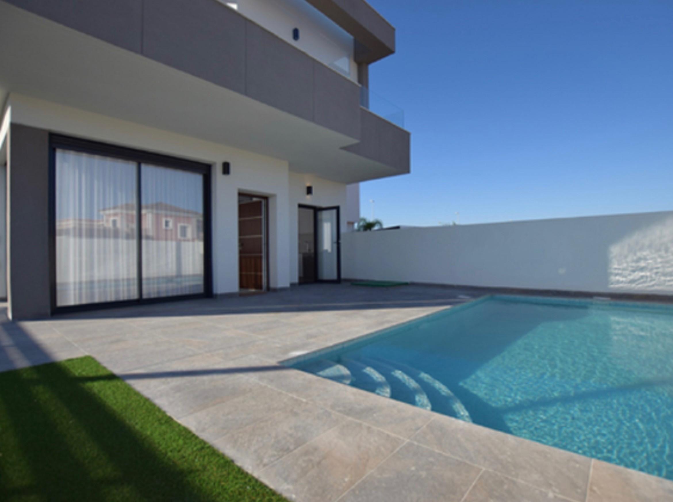 Los Montesinos villa €254.000
