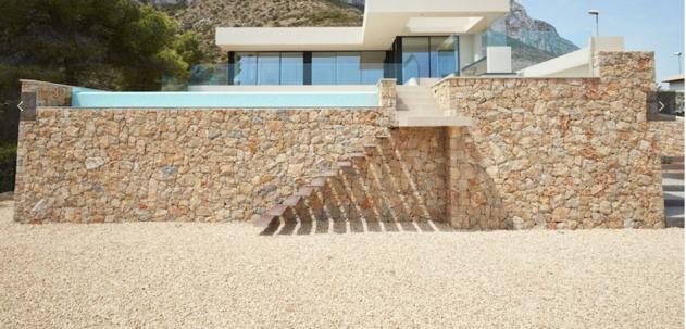 Deni - Belem villa €890.000