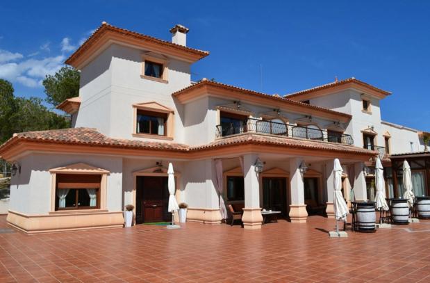 Finestrat hotel €1.800.000