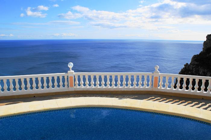 Benitachel villa met uniek zeezicht