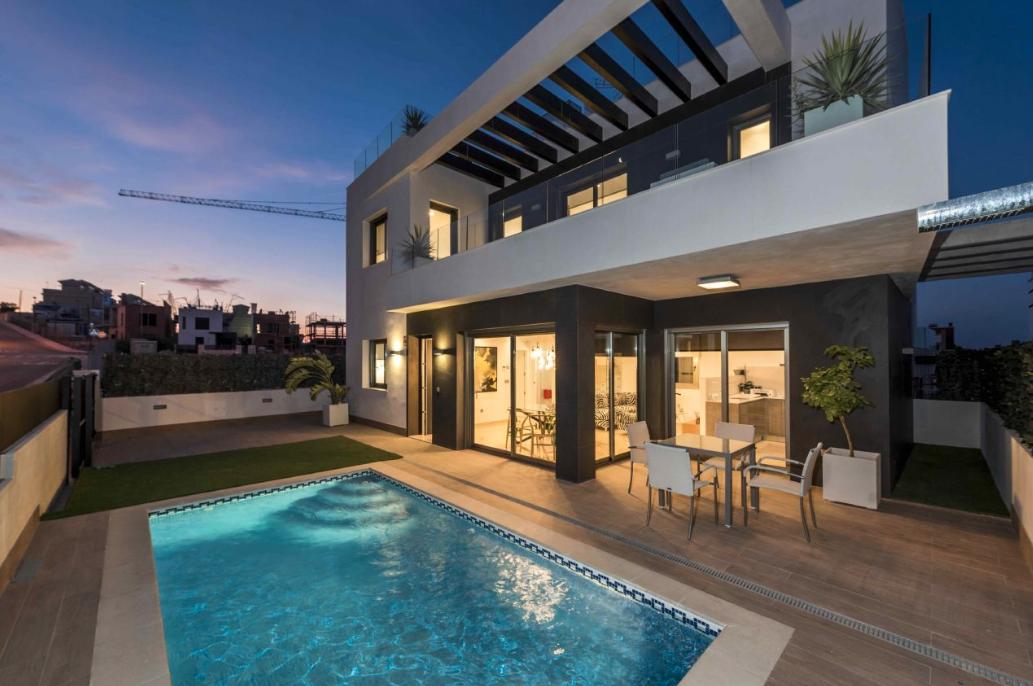 Villamartin villa's vanaf €300.000