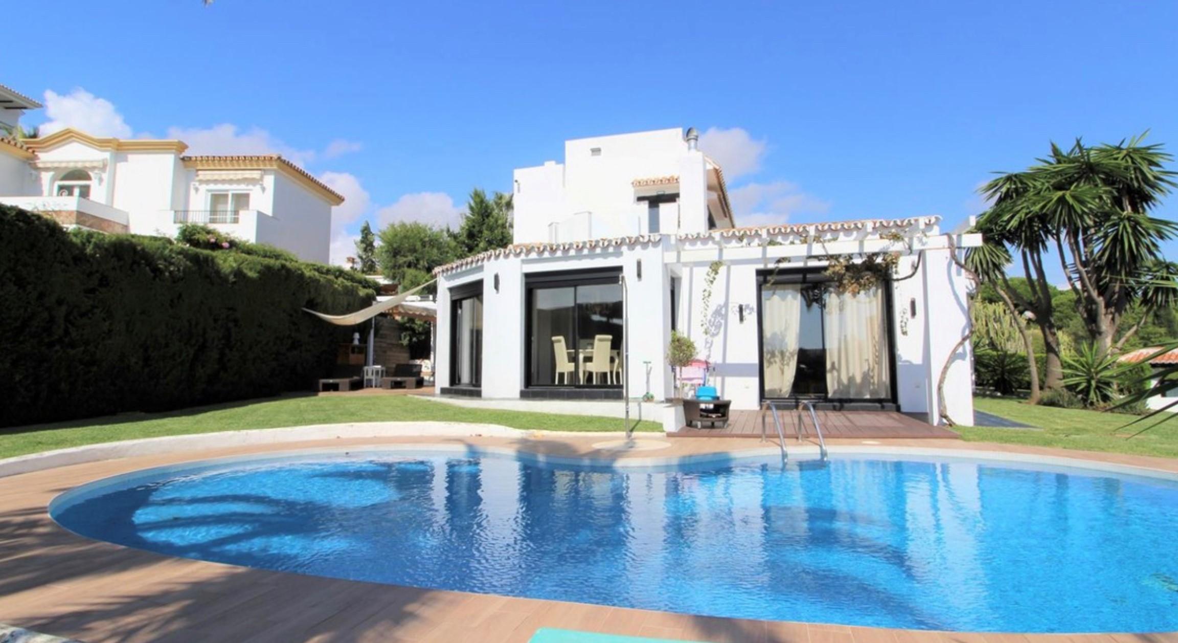 Calahonda villa €695.000