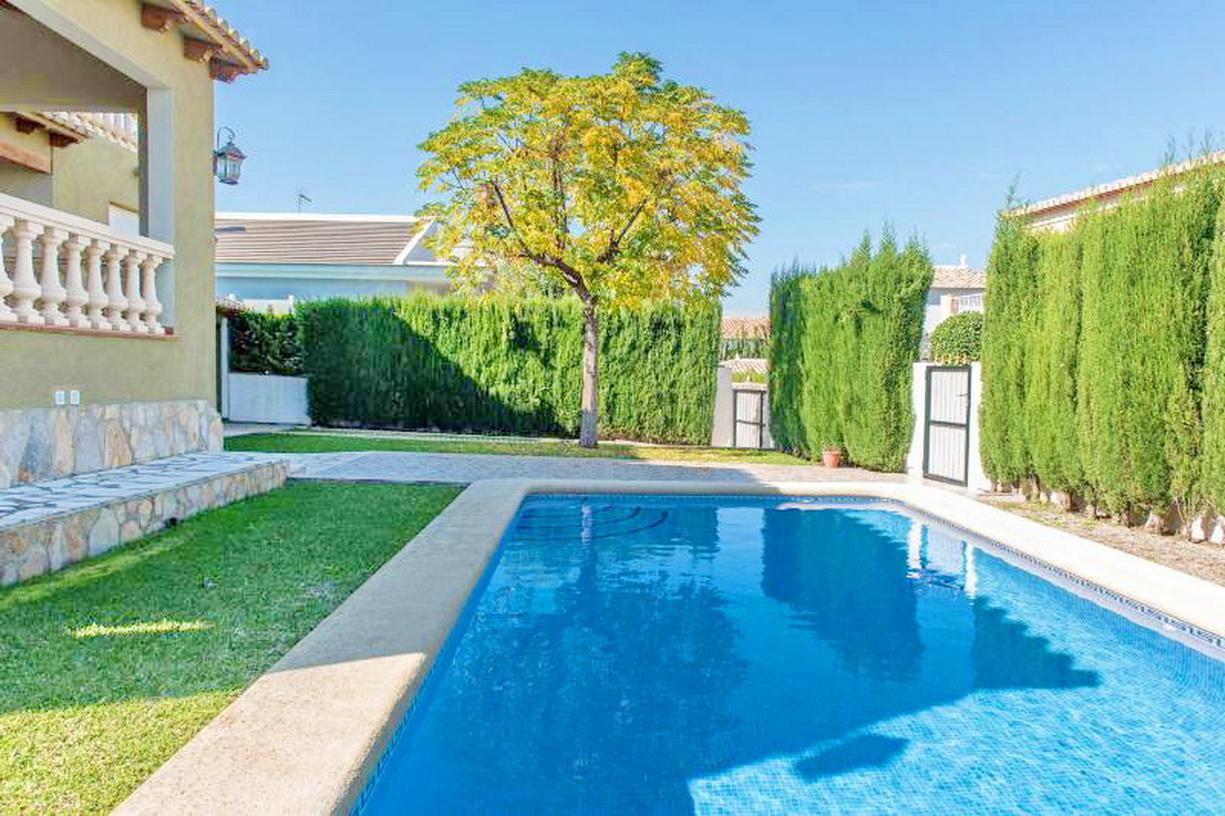 Denia villa in residentiele wijk