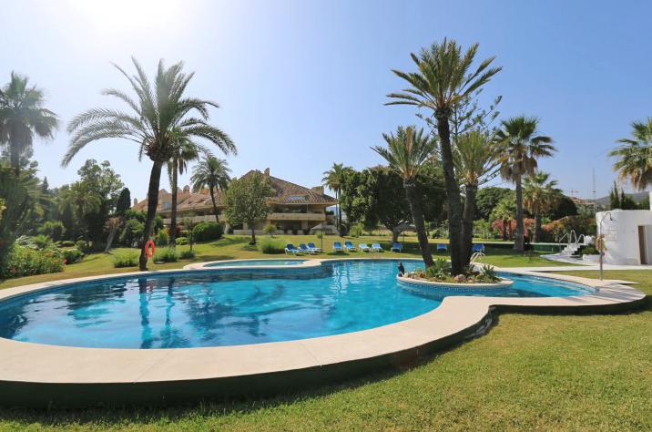 Nueva Andalucía app €350.000