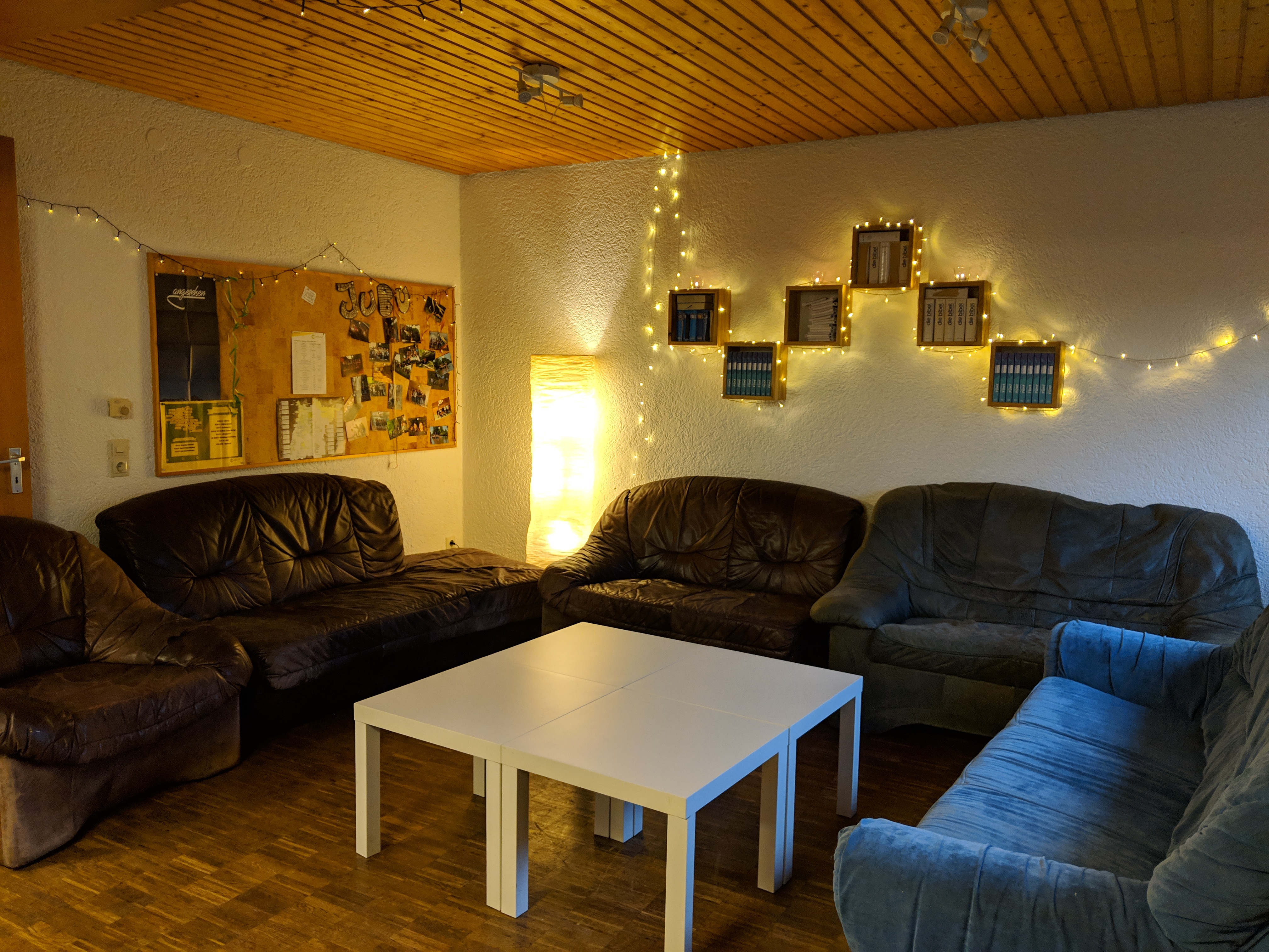 Jugendraum Untergeschoss