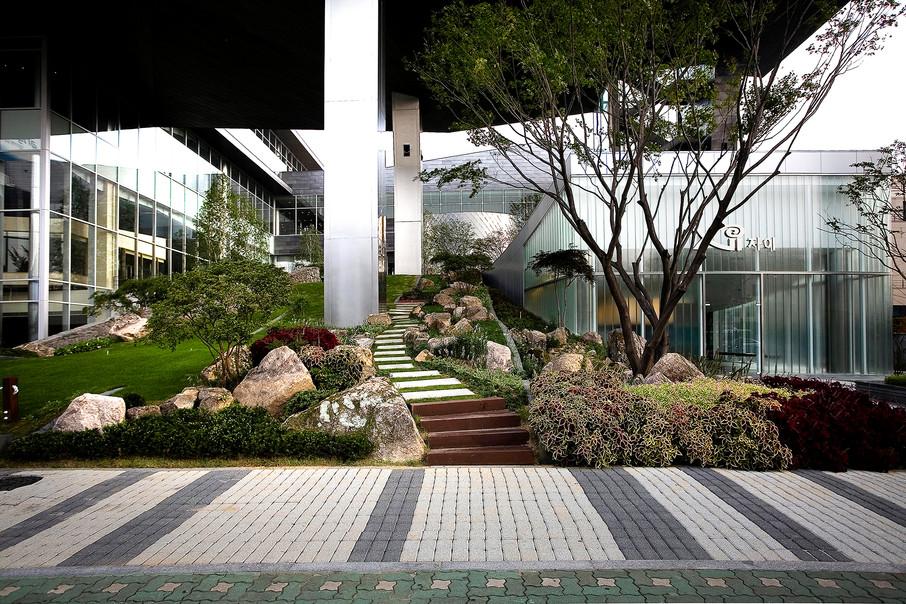 Xi gallery-11.jpg