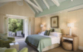 24-Bedroom-01_Rotator.635461369543038367