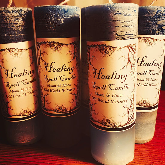 Moon & Horn Hand-poured Healing Spell Candle