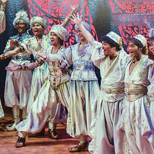 Aladdin%20wedding%20japan_edited.jpg
