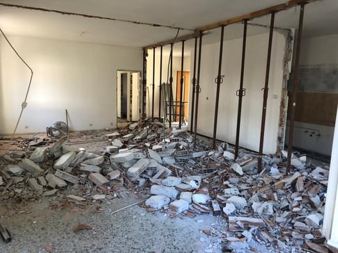 Demolizione parete divisoria cucina/soggiorno