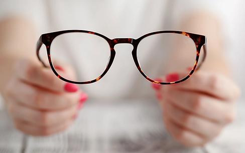 come-mantenere-lenti-occhiali-pulite.webp