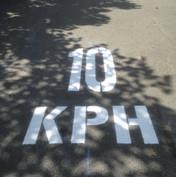 10 KPH graphics