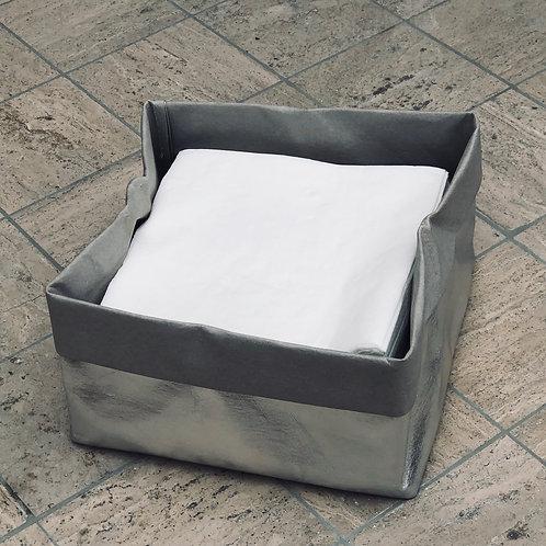 Washable paper silver /taupe napkin holdet
