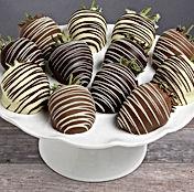 chocolate-strawberries-gourmet-gift-bask