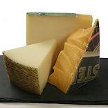 Charcuterie-merlot-cheese-pairing.jpg