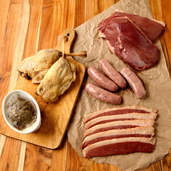 Cured & Smoked CHARcutERiE Meats