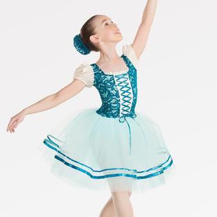Minis Ballet.jpg