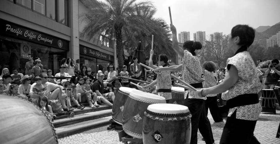 Gary-Stokes-Photography-Hong-Kong-Pray-For-Japan-4(pp_w900_h464)
