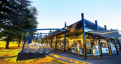 Hospitality - Restaurant - The Lagoon.pn