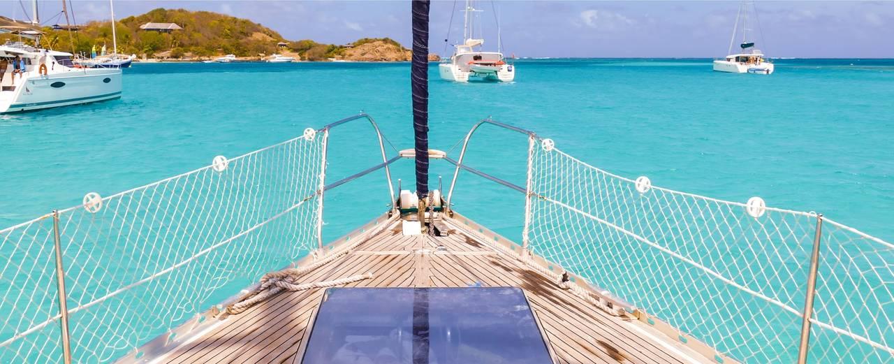 vacaciones en velero en el caribe
