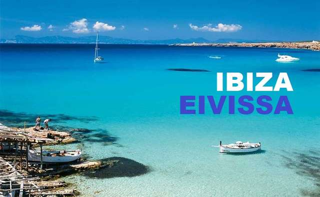 Cala en Ibiza para tu viaje en barco