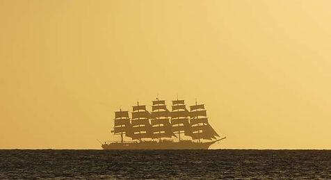 Gran velero en el cruce atlántico