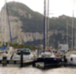 Velero en Gibraltar en la primera escala del cruce Atlántico