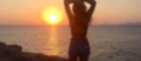 Una puesta de sol en el viaje en agosto a ibiza y formentera