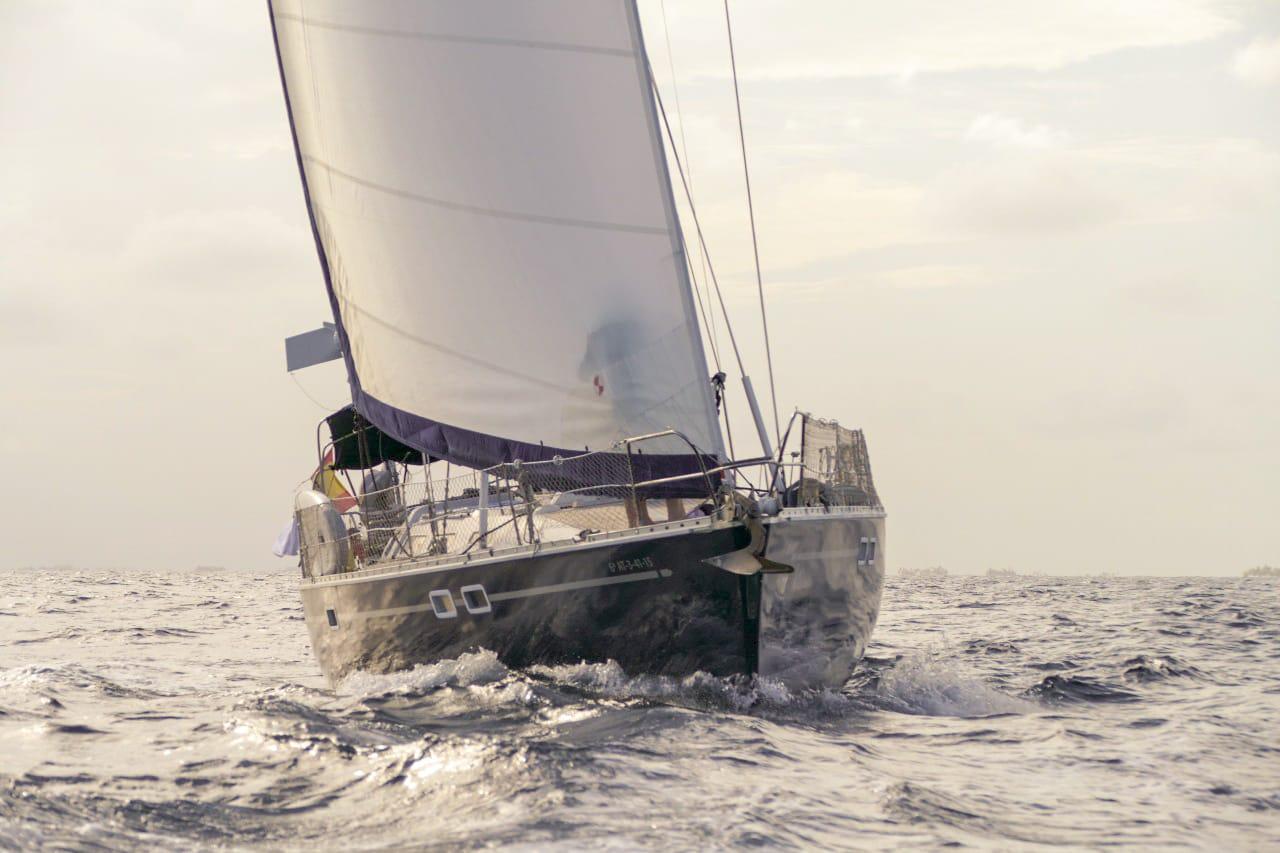 vacaciones velero mar caribe