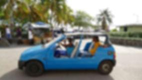 Coche Caribeño tras desembarcar del velero en Bequia, San Vicente y las Granadinas