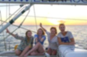Celebraciones con amigos abordo de nuestro barco velero
