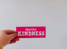 10 Easy Ways to Be Kind This Week