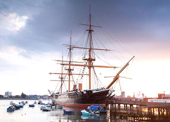 Portsmouth_HMS_Warrior_Ship_Alamy_RM_478