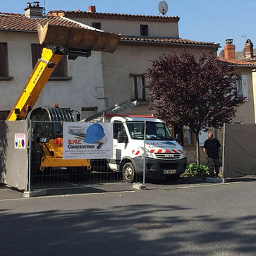 BMC CHANTIER VOITURE.jpg