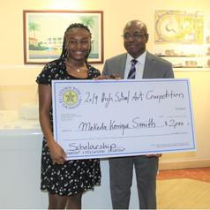 Makeda Smith receives the 2019 Scholarship Award