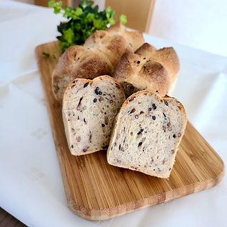 古代米のミニ食パン2.jpg