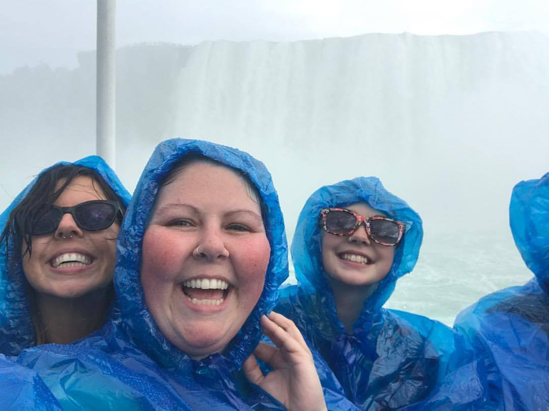 being a tourist. niagara falls