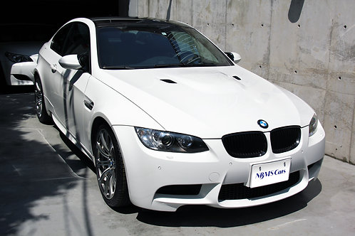 BMW M3 (E92) 走行5.7万キロ ノーマル/正規ディーラー車両 420馬力V8自然吸気