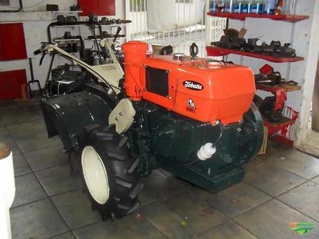 Trator Tobata Micro 4x2 ano 82.webp